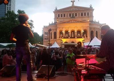 KingKamehamehaClubBand_Live_in_Frankfurt-1200